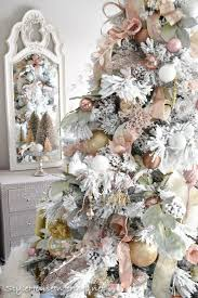 White Rose Christmas Decorations by Best 25 Rose Gold Christmas Decorations Ideas On Pinterest Diy