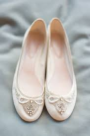 wedding shoes and accessories wedding accessories top wedding shoes accessories trends looks