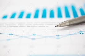 bureau des statistiques documents de statistiques financières stylo à bille infographie au