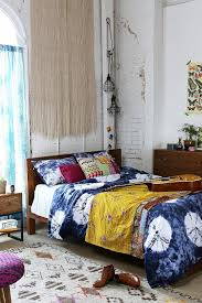 Low Bed Ideas Bohemian Platform Bed 2017 With Best Images About Frames Low Beds