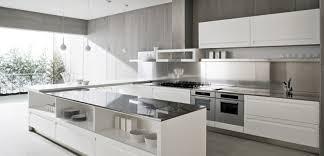 deco cuisine blanche et grise cuisines decoration cuisine moderne blanc gris décoration cuisine