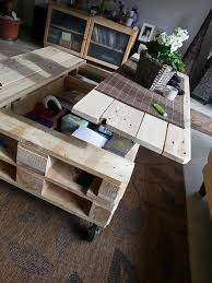 Coffee Table Out Of Pallets by Diy Lift Top Pallet Coffee Table Hoosier Cabinet Pinterest