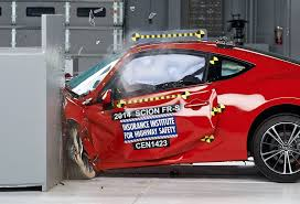 subaru brz vs scion fr s subaru brz and scion fr s earns iihs 2014 top safety pick news
