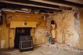 la chambre jaune le mystère de la chambre jaune roxanne gauthier photographe à