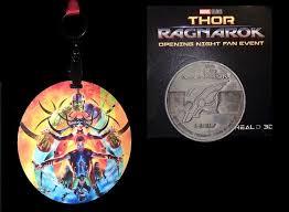 thor ragnarok opening night fan event thor ragnarok movie review snipes n snarfblatts
