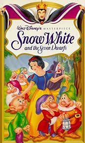 snow white dwarfs walt disney u0027s masterpiece