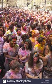 welcoming spring holi hai festival of colors at dag hammarskjöld