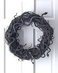 how to make a snake grapevine wreath