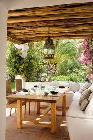 deco bois brut aménagement jardin extérieur et idées déco cosy en 40 photos