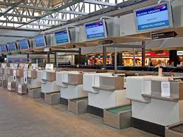2014 the 10 best airports in the world business insider