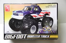 original bigfoot monster truck amt bigfoot ford monster truck 1 25 model kit 668 new what u0027s it