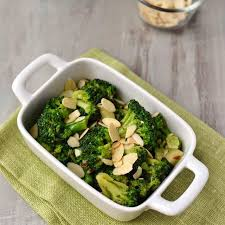 buttery garlicky broccoli thanksgiving side dish recipe
