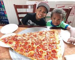 Pizza Barn Hours New York Pizza Barn U0027s Pizza Slices Are Two Feet Long Daily Mail