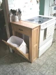 rangement poubelle cuisine rangement poubelle cuisine meuble cache poubelle cuisine 6 avec
