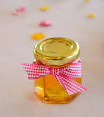 wedding favors 1 honey favors are so easy to decorate and to do