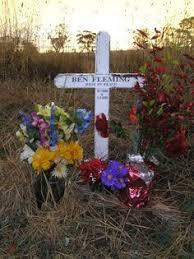 roadside crosses for sale roadkill 46 roadside memorials