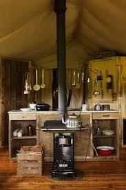 poele à bois pour cuisiner week end insolite retour aux sources en famille ou en amoureux