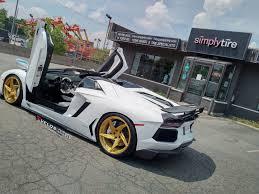 lamborghini aventador gold lamborghini aventador roadster on velos d5 wheels velos