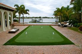 artificial grass guru tells all pictures of dustin johnson u0027s
