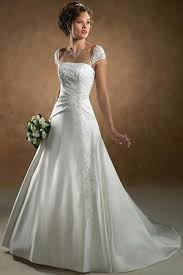 wedding dresses for hourglass figures http - Wedding Dresses Indianapolis