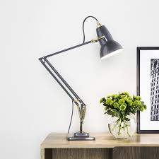 tips for the modern desk desk lamp desks and modern desk