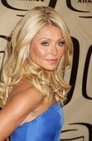hair color kelly ripa uses kelly ripa hair color for highlights mere wedding pinterest