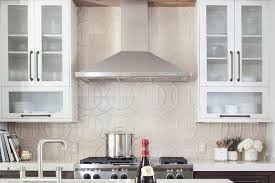 kitchen backsplash ideas with white cabinets awesome kitchen backsplash ideas complete with kitchen range hood