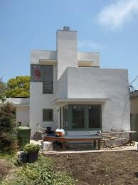 modern home construction a la traditional italian house powerful