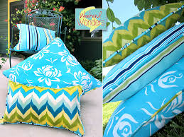 weekend wonders with fabric com outdoor piped pillow trio sew4home