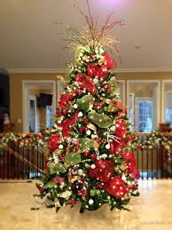 Diy Christmas Tree Topper Ideas Red White And Green Christmas Tree Substitute The White With