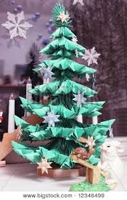 module origami christmas tree with hare and turtle image