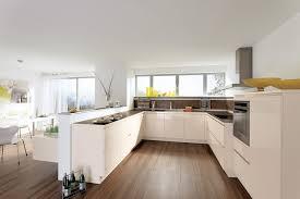 cuisine sol parquet interessant cuisine sol beige avec parquet au fa ades sans poign es