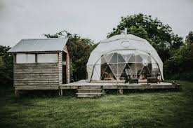 Dome Barn Stylish And Organic Barn Wedding At Fforest Junebug Weddings