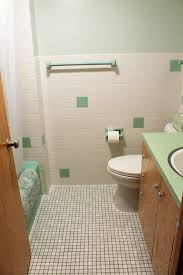 kate u0027s 1960s green bathroom remodel u0027lite u0027 before and after