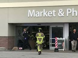 3 killed 2 injured when pickup truck crashes into iowa walmart
