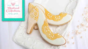 wedding shoes montreal how to make wedding shoe cookies using sugarveil to decorate