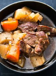 alton brown beef stew slow cooker guinness beef stew recipe simplyrecipes com