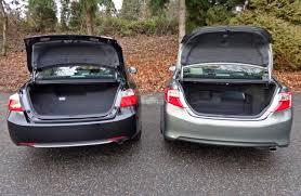 comparison test 2014 honda accord hybrid vs 2014 toyota camry
