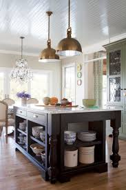 kitchen island pictures 584 best kitchens we love images on pinterest traditional homes