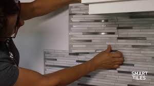 How To Install Peel And Stick Backsplash by Peel And Stick Tiles Installation Backsplash Smart Tiles