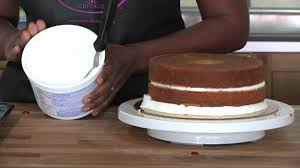 how to apply icing on cake cake baking video youtube