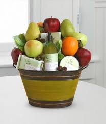 fruit gifts by mail best 25 fruit baskets delivered ideas on baby fruit