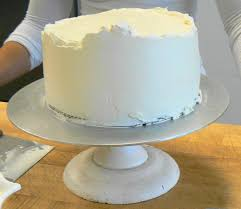 how to decorate cakes with italian meringue buttercream the