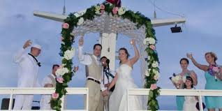 wedding arches chicago luxury wedding yacht valara weddings get prices for wedding venues