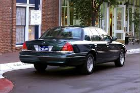 2000 ford crown victoria overview cars com