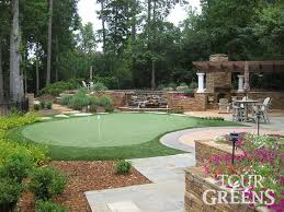 Home Backyard Designs Best 25 Backyard Putting Green Ideas On Pinterest Outdoor