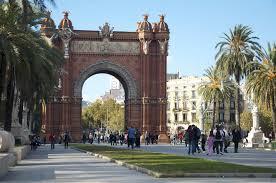 el born barcelona guide airbnb neighbourhoods