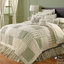quilted comforter sets best 25 quilt bedding ideas on