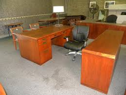 Veneer Desk American Wood Veneer Desk And Credenza Set By Kimball Cherry Finish