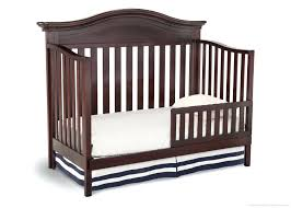 How To Convert A Graco Crib Into A Toddler Bed Crib Converts To Toddler Bed Graco Turns Into Daybed Convertible